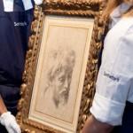 Il disegno in gesso nero di Raffaello è uno dei pochi ancora in mani private.