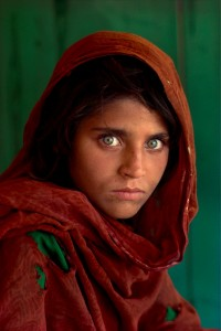 Sharbat-Gula-ragazza-afgana-SteveMcCurry1