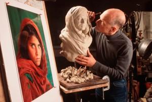 scultura Sharbat-Gula-ragazza-afgana-SteveMcCurry